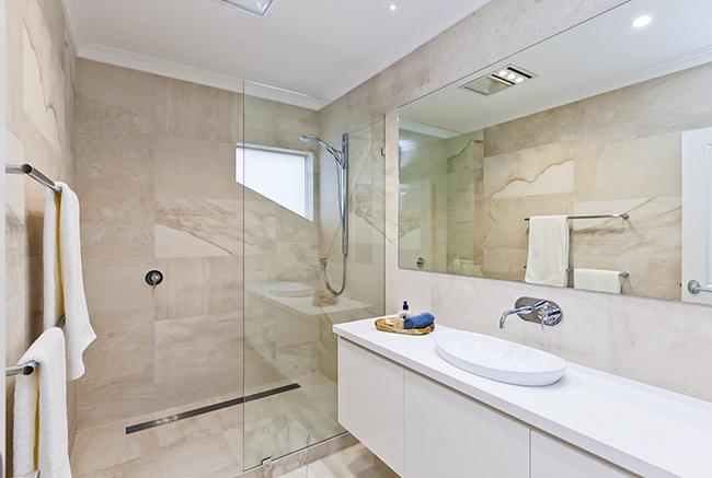 Thiết kế nội thất phòng tắm Chọn gam màu sáng